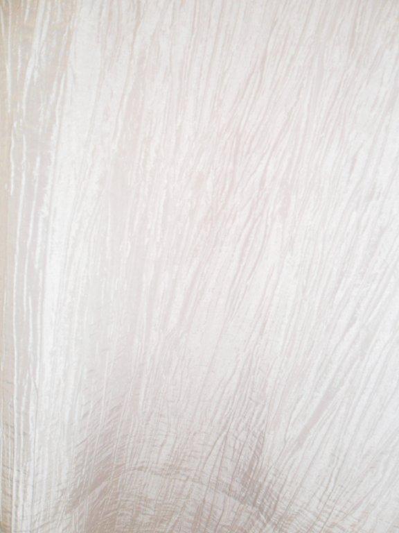 white-crinkle